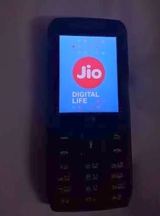 lyf-jio-phone